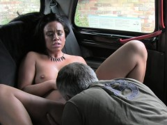 Uk beauty bangs in fake taxi