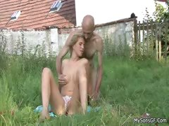 Cheating gf caught outdoors