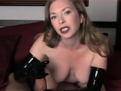 Gorgeous mature wife knows how to make a man ejaculate