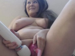 Chubby Chick Pumps Pussy And Masturbates