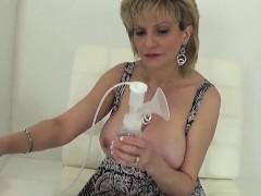 Adulterous english milf lady sonia exposes her big melons