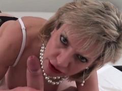 Cheating british milf gill ellis shows her oversized boobs