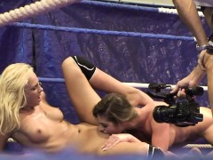 Lez Babe Orally Pleasured In Boxing Match
