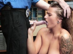 Lp officer taught Dakota Rain a lesson