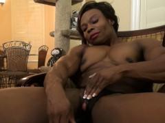 Ebony Muscle Woman Nadia Masturbates