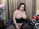 bbw in sexy corset fucks pussy