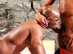Rimmed ebony deepthroating bbc in threesome