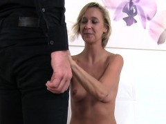 Agent fucking blonde skinny babe on casting