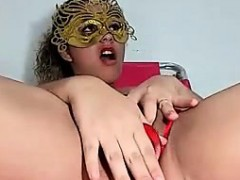 WonderWoman masturbation and blowjob