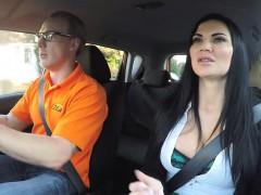 Amateur guy bangs busty driving examiner