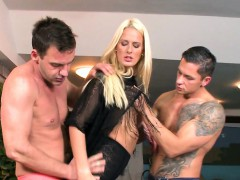 Stunning beauty dp fucked and jizzed in mouth