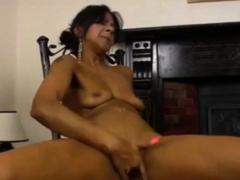 hot sexy latina milf masturbate and squirt