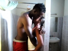 African Amateur Slut Fucked In Public Toilet