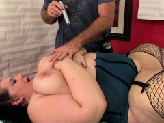 Sexy Bbw Comes To A Masseur For A Relaxation Massage He