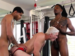 Interracial Gay Sex After Workout