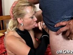 Striking mature Sara Lynn gets her putz torn apart