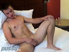 Transgender Stud Luke Hudson Plays With Big Clit Solo